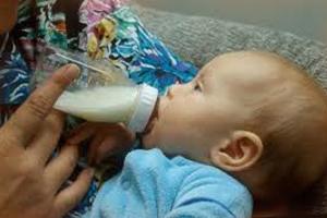хранить грудное молоко